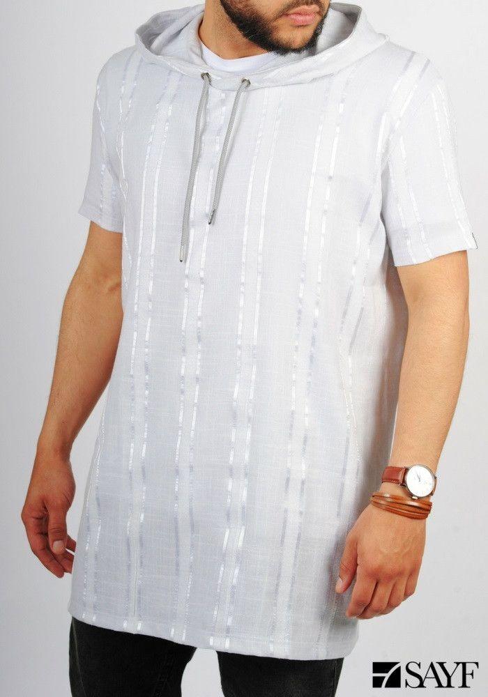 T-shirt capuche